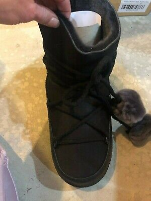 Inuikki classic pom sheepskin winter boot in black-39/8  Rtl $395