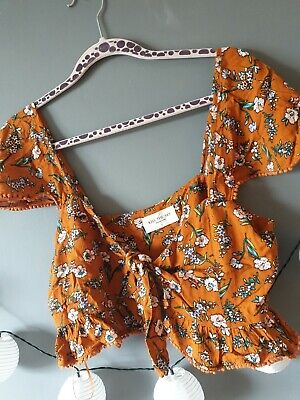 Kiss The Sky Brown Floral Cropped Tie Front Top Size Large