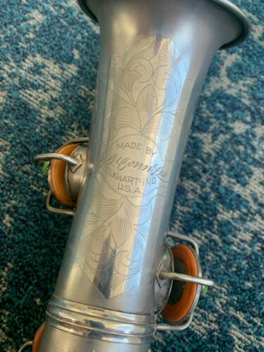 CG Conn Silver New Wonder II Chu Berry Alto Saxophone Low pitch Original  Case