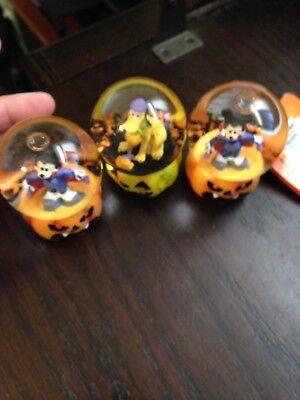 NEW SET OF THREE DISNEY MINI MICKEY HALLOWEEN WATER GLOBES WITH FREE - Halloween Water Globes