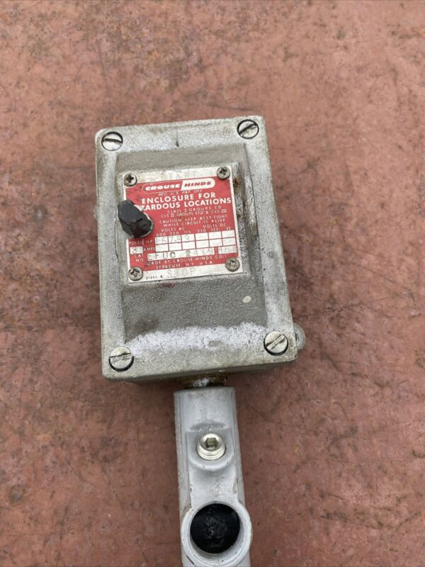 """Crouse Hinds Efdc2419 Explosion Proof 3 Pole Switch 30 Amp Rated 480v 1/2"""" As Is"""