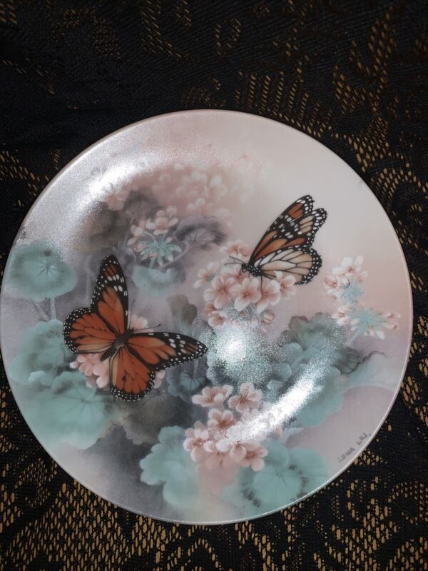 MONARCH BUTTERFLIES by Lena Liu Collector Plate W.S. Grorge Fine China c1987