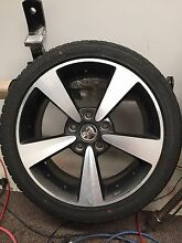 CV8R CV8 R Monaro rim/wheel with new tyre Shelley Canning Area Preview