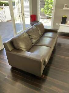 Plush 3 seater and 2 armchairs Delivery