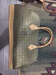 Arcadia genuine leather purse new $100