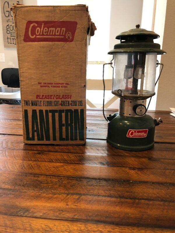 Vintage Coleman 10/64 1964 220F195 Pyrex Shade Camp Lantern IOB
