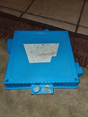 WWF hasbro blue Official Wrestling Ring base 1990 Vintage