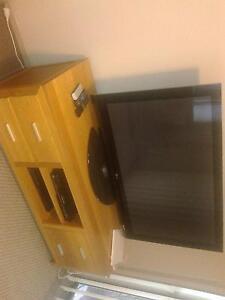 "Large 50"" LG FHD Plasma TV + stand + Blu-Ray Taringa Brisbane South West Preview"