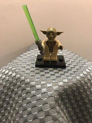 New Custom Minifigure Star Wars Yoda With Jedi Lightsaber ARRIVES IN 2-4 DAYS