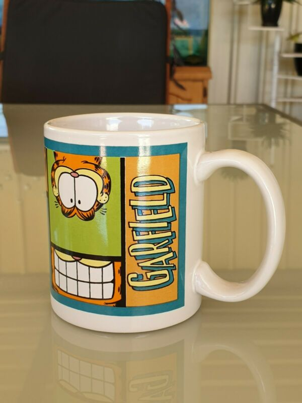 Garfield Mug Undated