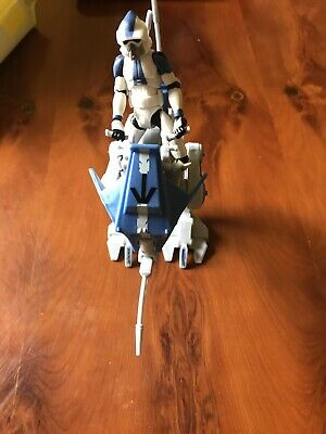 Star Wars Clone Wars Scout Walker And 501st Scout Trooper Action Figure