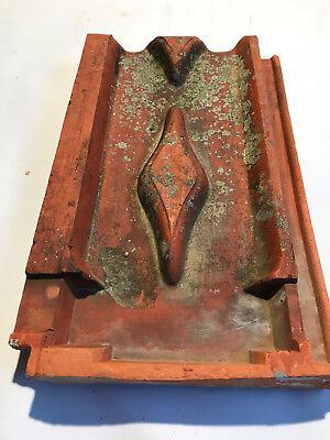 Historische Dachziegel, Herzziegel (Rautenfalzziegel) von Couturier Forbach