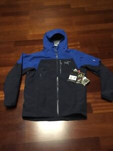 Want to buy a brand new men's Arc'teryx jacket on sale?