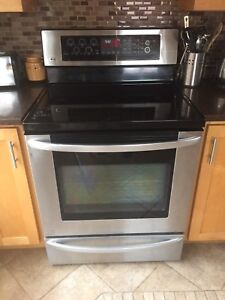 lG stainless convection stove