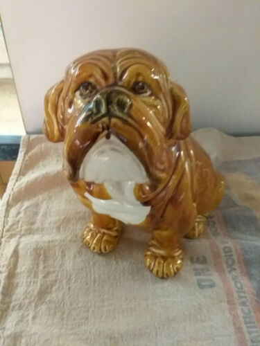 Italian Pottery Sculpture  Porcelain