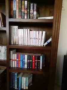 48 Nora Roberts books $1 each or all for $40 Woodville Charles Sturt Area Preview