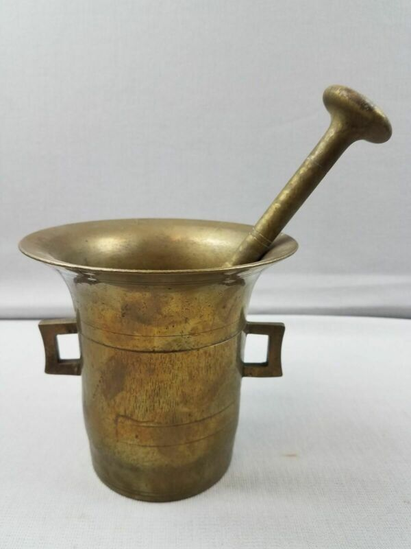 "Wonderful ANTIQUE HEAVY BRASS APOTHECARY MORTAR AND PESTLE 5.2 Lbs / 5.5"" Tall"