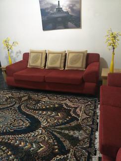 Sofa perfect condition l need sale 450$