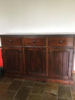Buffet/Dresser in great condition