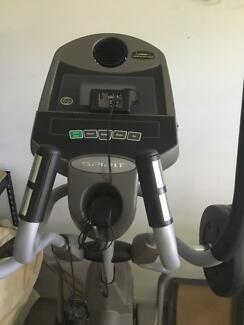 Cross trainer Xe220 for sale must sell asap