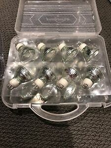 GU 10 - 50W Halogen light bulbs $1