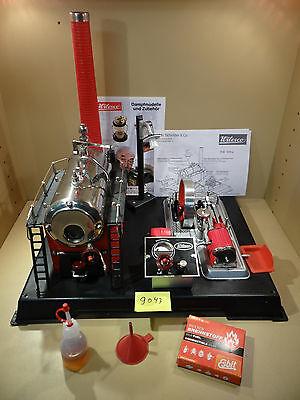 Dampfmaschine Wilesco D24 in Schwarz - Rot mit Dynamo und Laterne + Zubehör