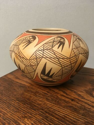 Hopi Pueblo Polychrome Bowl Native American Neva P. Nampeyo Signed Migration