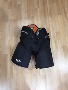 Easton synergy hockey pants