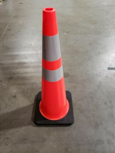 """4 PACK of 36"""" INCH ORANGE SAFETY TRAFFIC CONE BLACK BASE w/ Reflective Tape"""