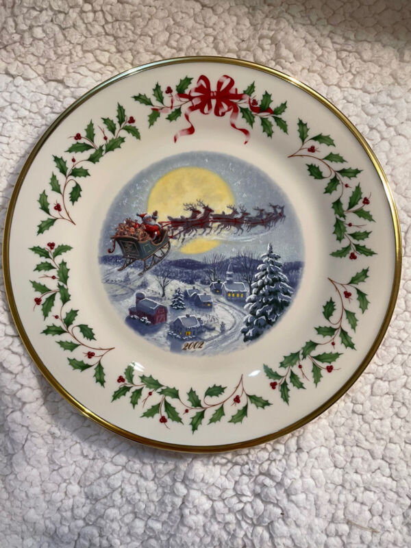 Lenox 2002 The Annual Holiday Collector Plate Santa's Ride Twelfth in Series USA