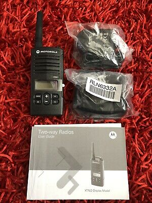MOTOROLA XTNID LICENCE FREE 446 TWO WAY RADIO WALKIE TALKIE