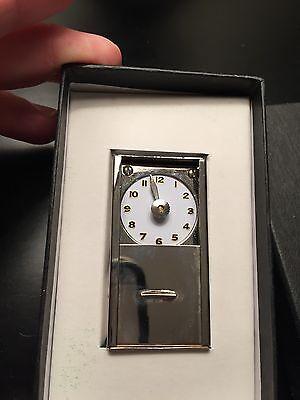 Wonder Clock by Rob Stiff