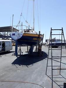 Viking 30 fibreglass yacht