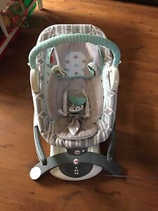 4-in-1 Rock 'n Glide Soother - Baby seat/rocker/chair