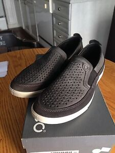 Men's ECCO Shoes, leather, brand new, NICE for only $40