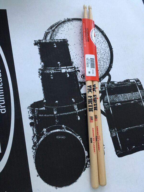 Vic Firth American Classic Drumsticks - 5A - Nylon Tip