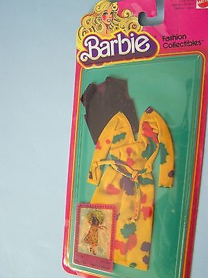 #1900 BARBIE FASHION COLLECTIBLE  (c) 1980 - gold dress with splashes of color