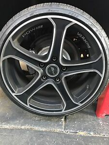 18 inch pdw wheels, holden, bmw Ravenhall Melton Area Preview