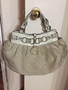 Guess bag handbag purse tote sac a main sacoche