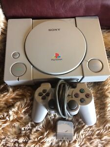 PlayStation 1 System with Controller