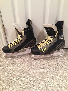 Graf G35 Skates - sz 8.5 (need sold today)