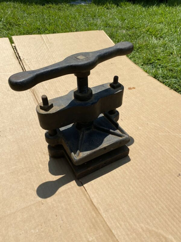 Cast Iron Antique Black Bookbinder Book Press