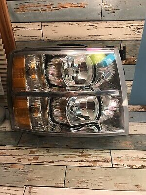 2012 Chevy Silverado K1500 Right Headlight