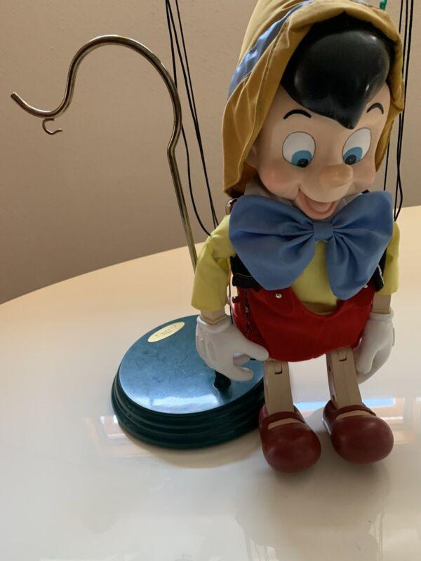 Disney Pinocchio Puppet Marionette EXCELLENT condition, sings, dances Christmas