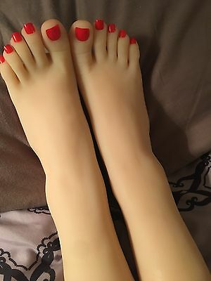 New Girls Womens Dancer Feet Silicone Mannequin Foot Model Red Toe Nail Gymnast