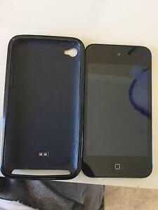 Ipod touch 8GB 4th generation Karabar Queanbeyan Area Preview