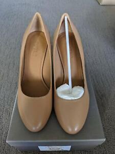 Country Road heels