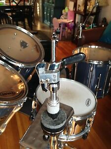 5 Piece Pearl Export drum kit with  hardware St. John's Newfoundland image 7