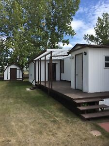 Home for Rent Parkland Acres Lacombe- utilities included.