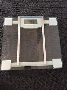 Bathroom scales Mentone Kingston Area Preview